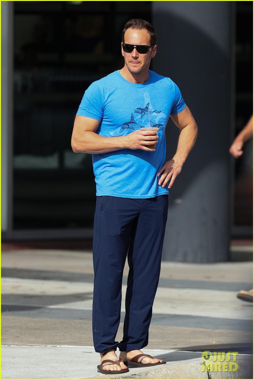 Aquaman S Patrick Wilson Goes Shirtless For Sweaty Jog