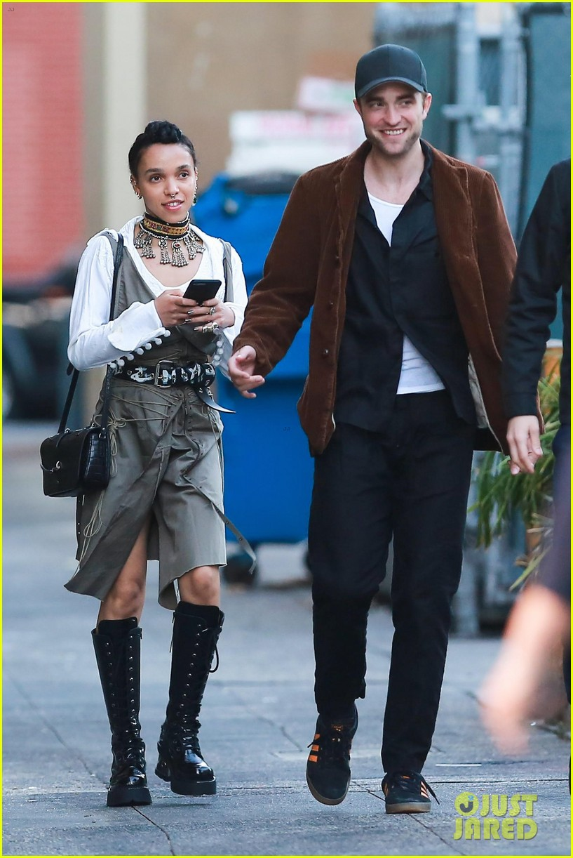 robert pattinson celebrates birthday with fiance fka twigs 013898759