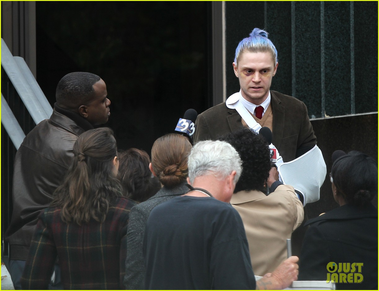 american horror story set photos evan peters sports blue hair 063906191