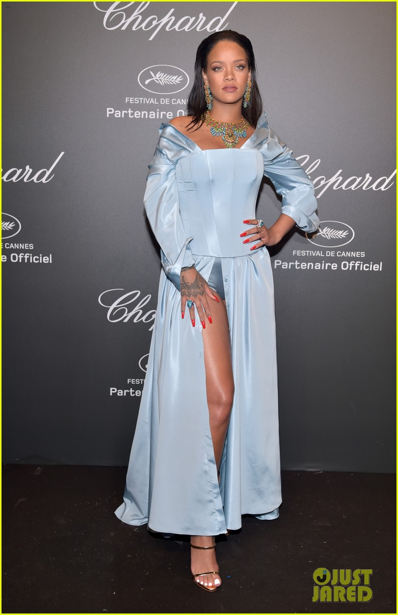 rihanna celebrates her chopard collection with bella hadid 013901821