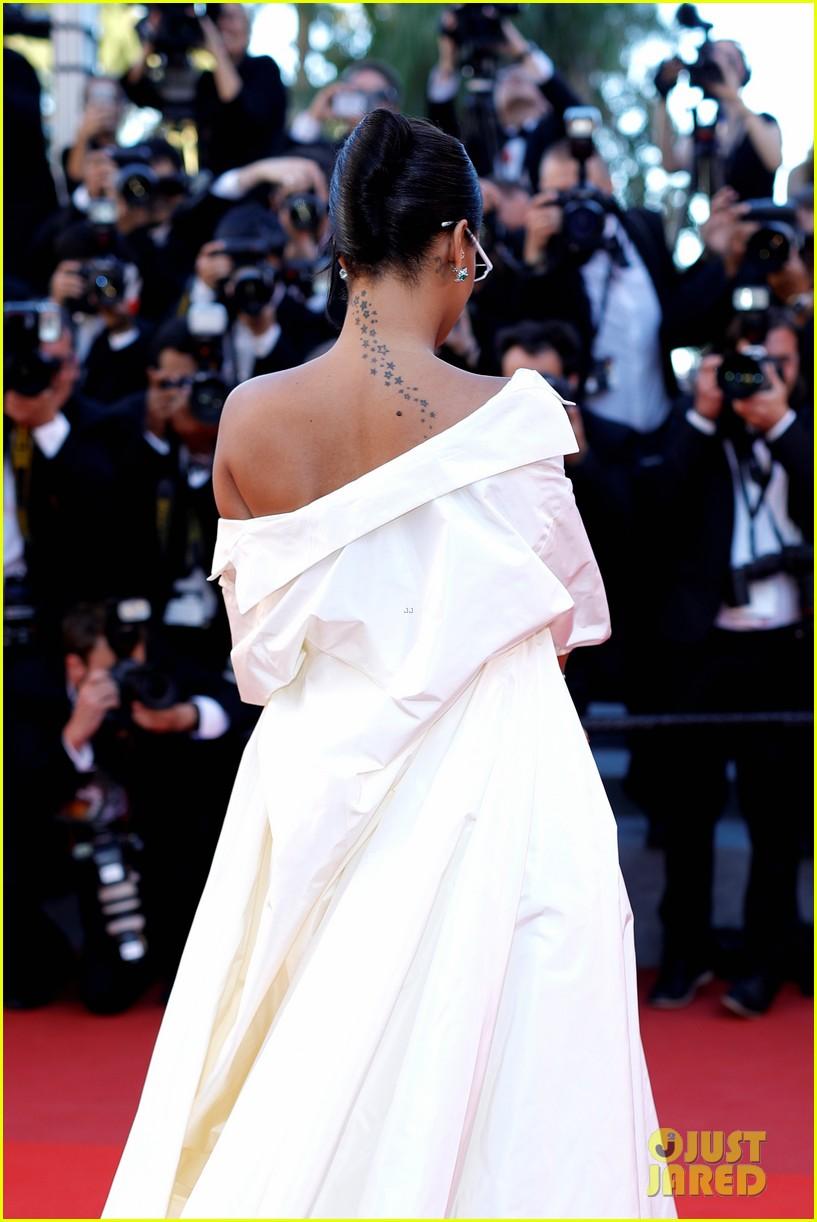 rihanna bella hadid dior cannes film festival 243901495