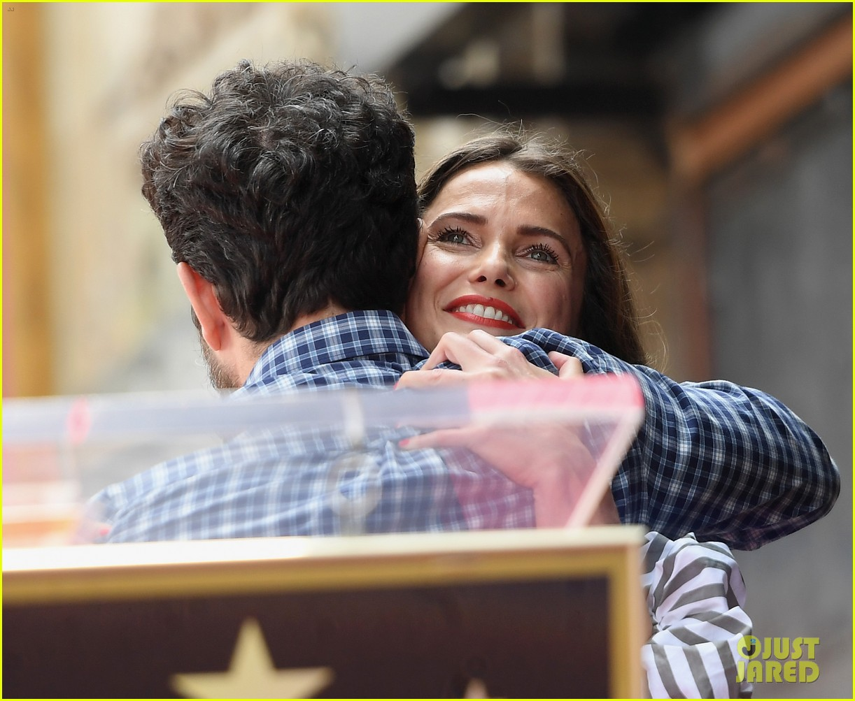 keri russell reunites with scott speedman at hollywood walk of fame 113907125