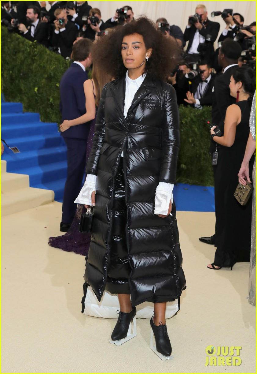 solange shares sneak peak inside the met gala053893213