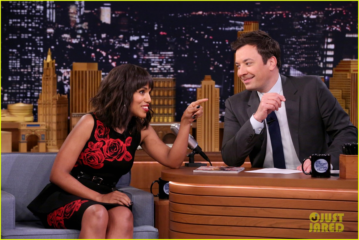 kerry washington jimmy fallon sing it out for whisper challenge 033900854