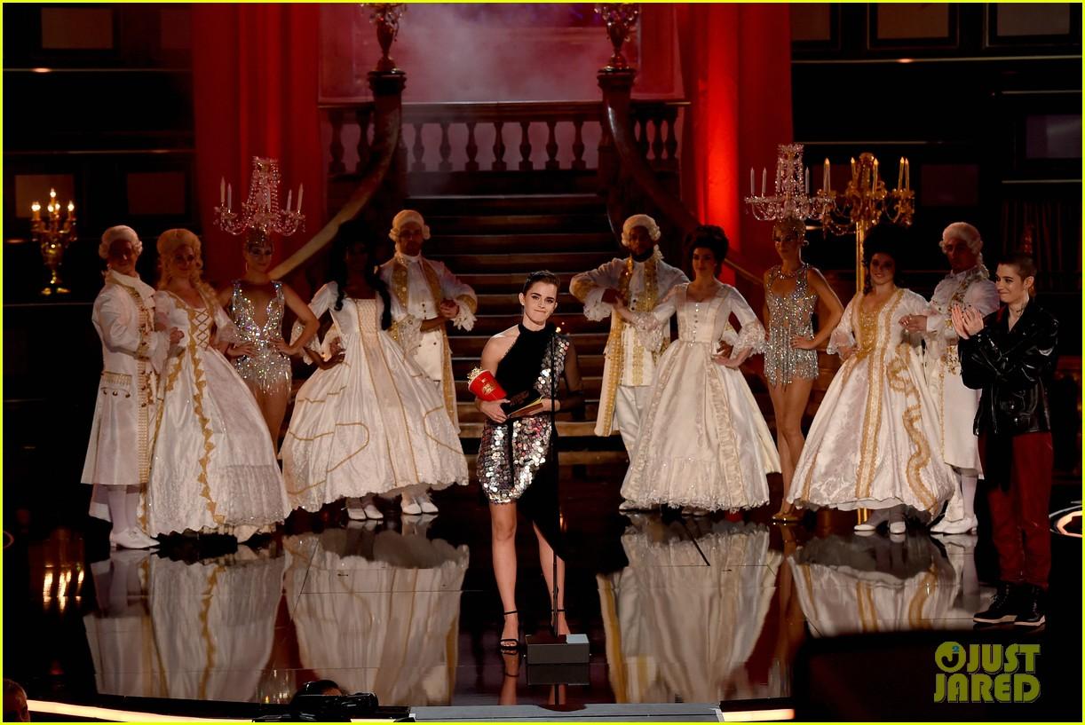 emma watson mtv movie tv awards 033896210