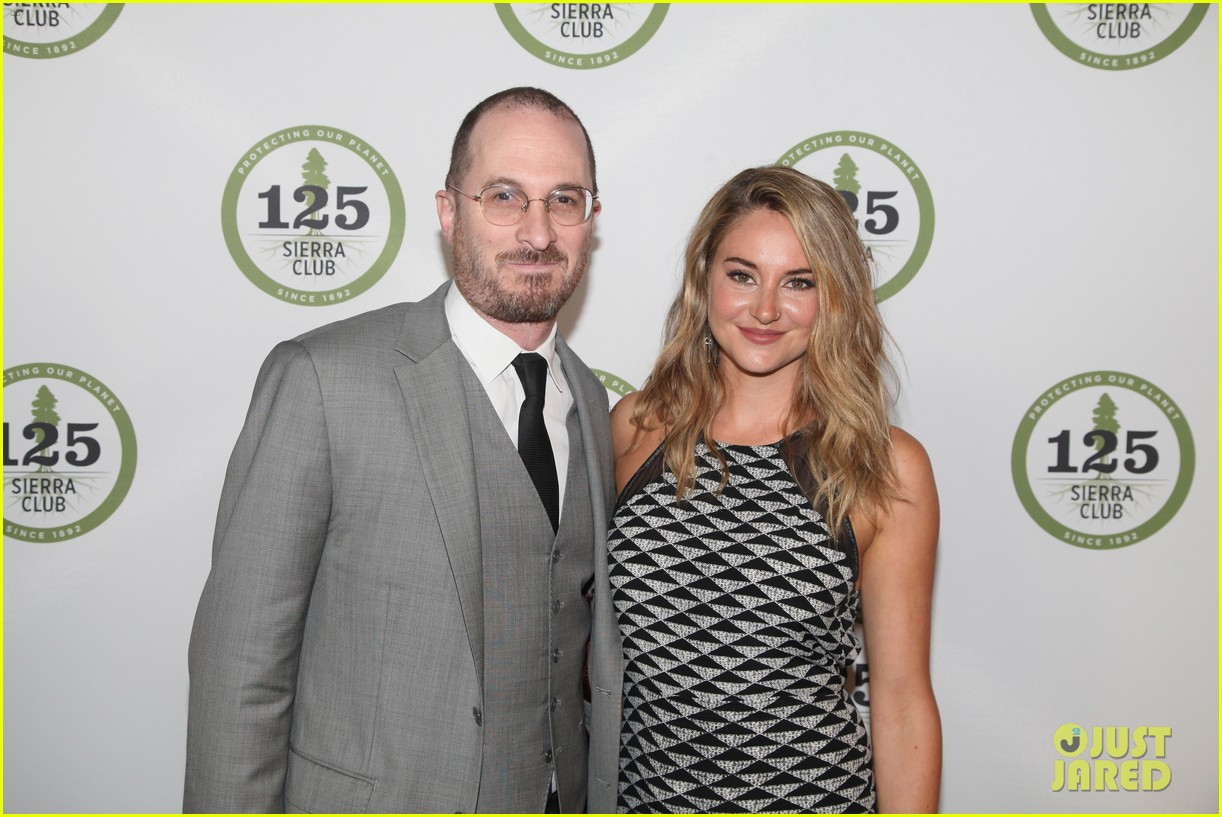 shailene woodley gets honored for her activism all were fighting for is love 043901588