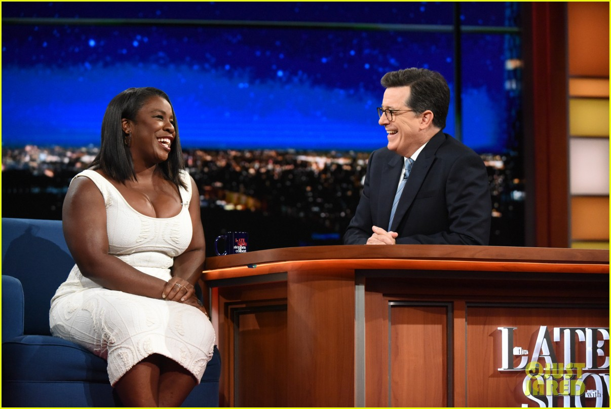 uzo aduba share inspiring bu commencement speech tips with stephen 043913835