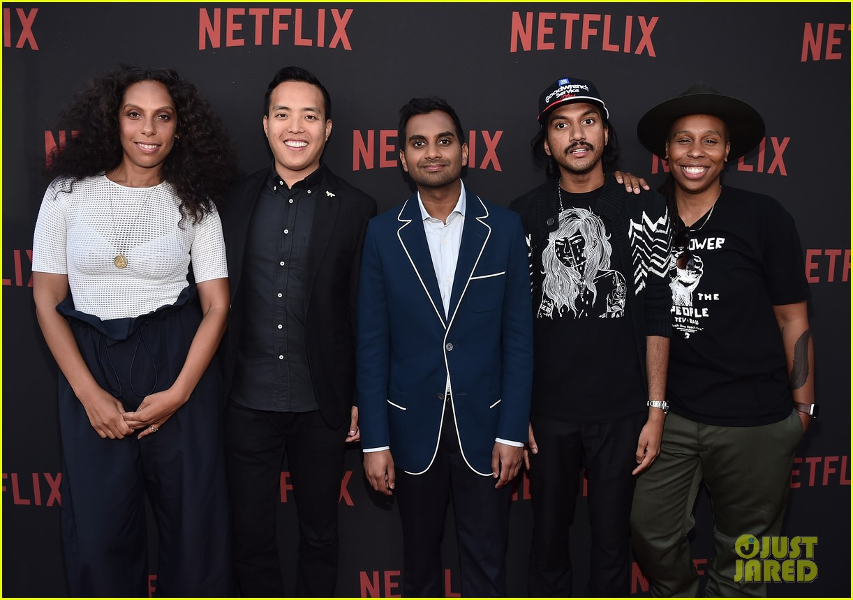 aziz ansari says his mom doesnt even like acting on master of noney 053909918