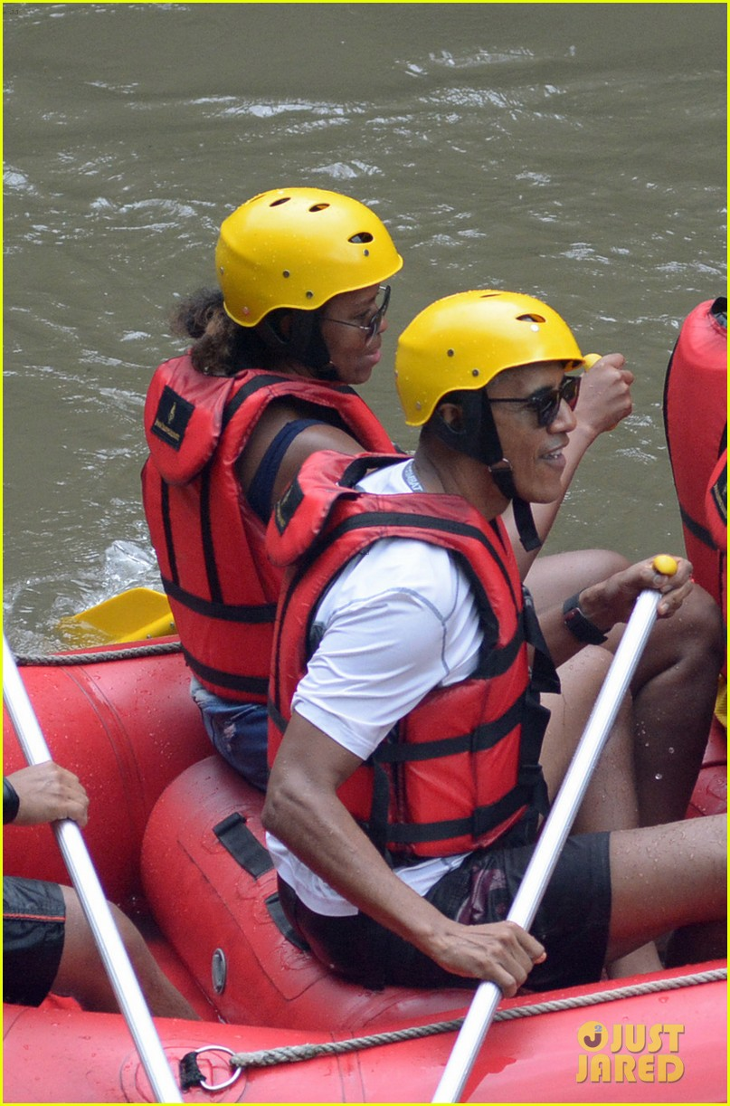 barack obama and family go white water rafting 023920421
