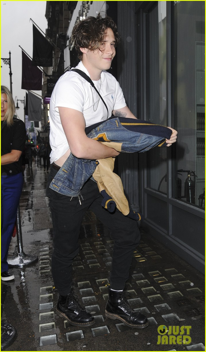brooklyn beckham book launch 083920808