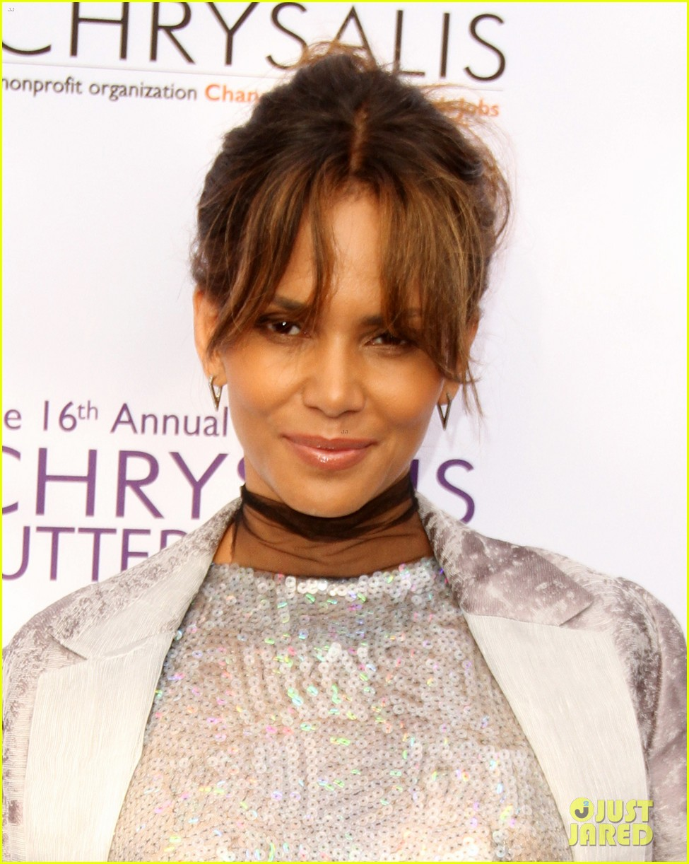 halle berry speaks out after pregnancy rumors photo 3909513 halle berry pictures just jared