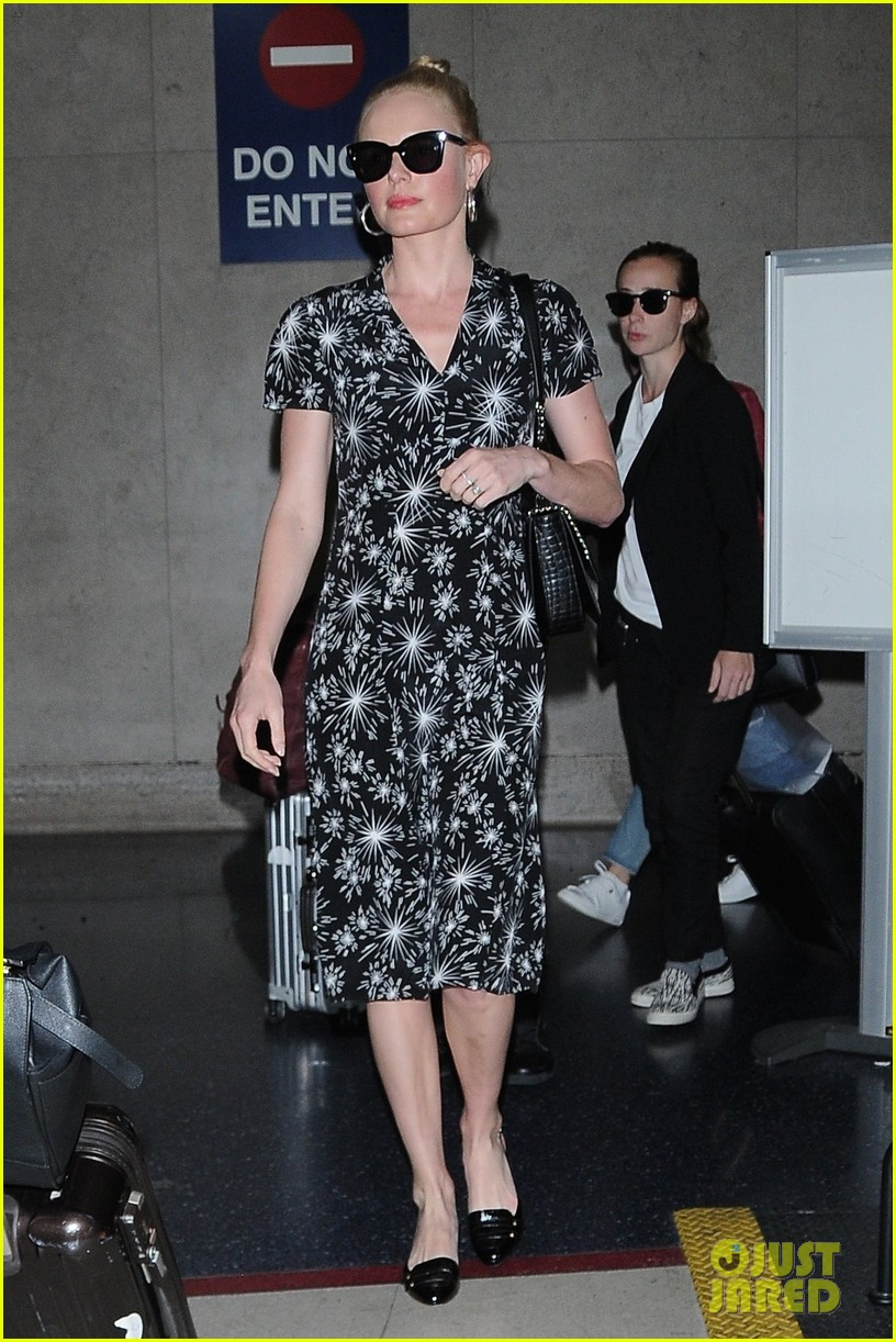 kate bosworth and husband michael polish are smitten at lax 023915957