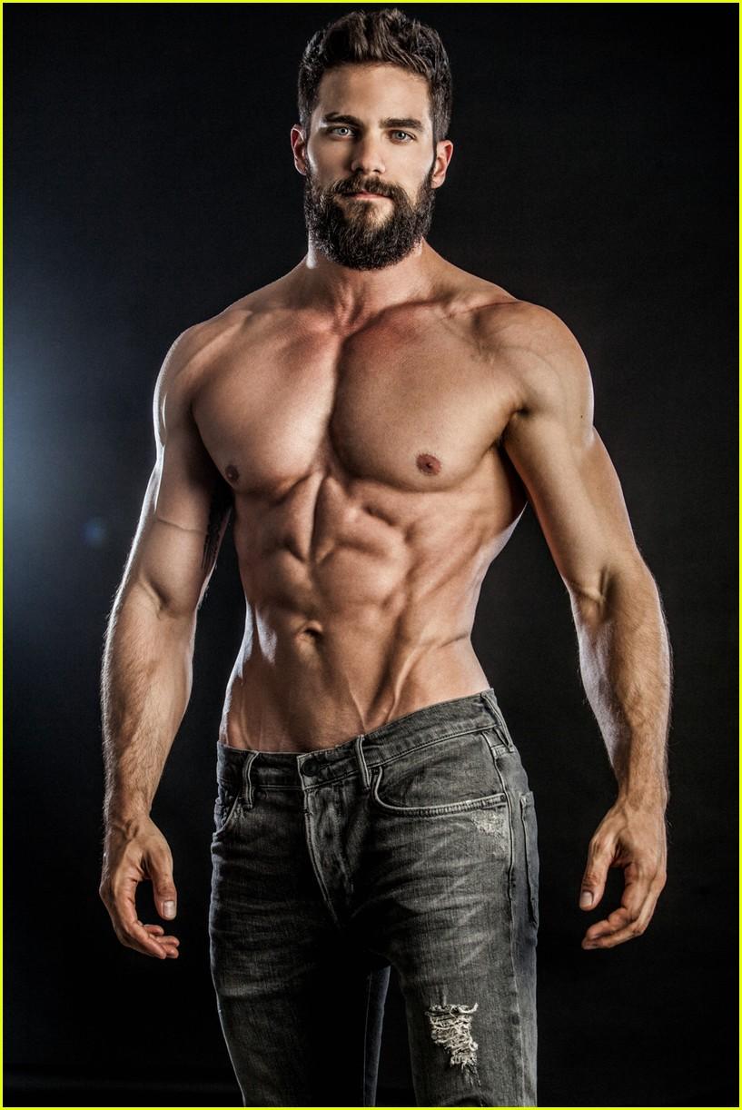brant daugherty shirtless photo shoot 013918079
