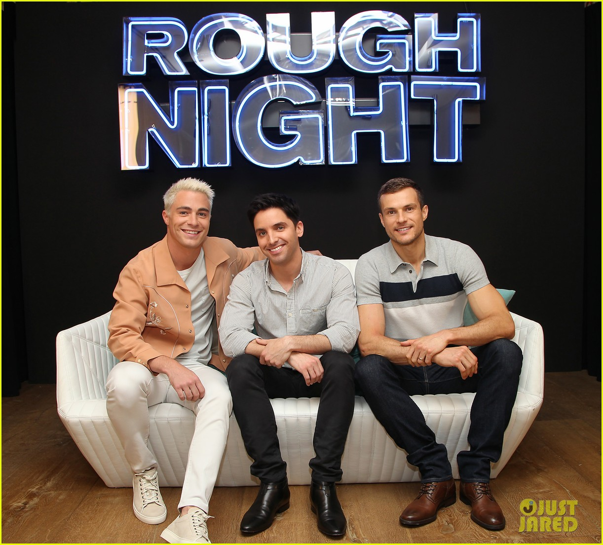 rough night ryan cooper flashes abs at nyc photo call 253912175