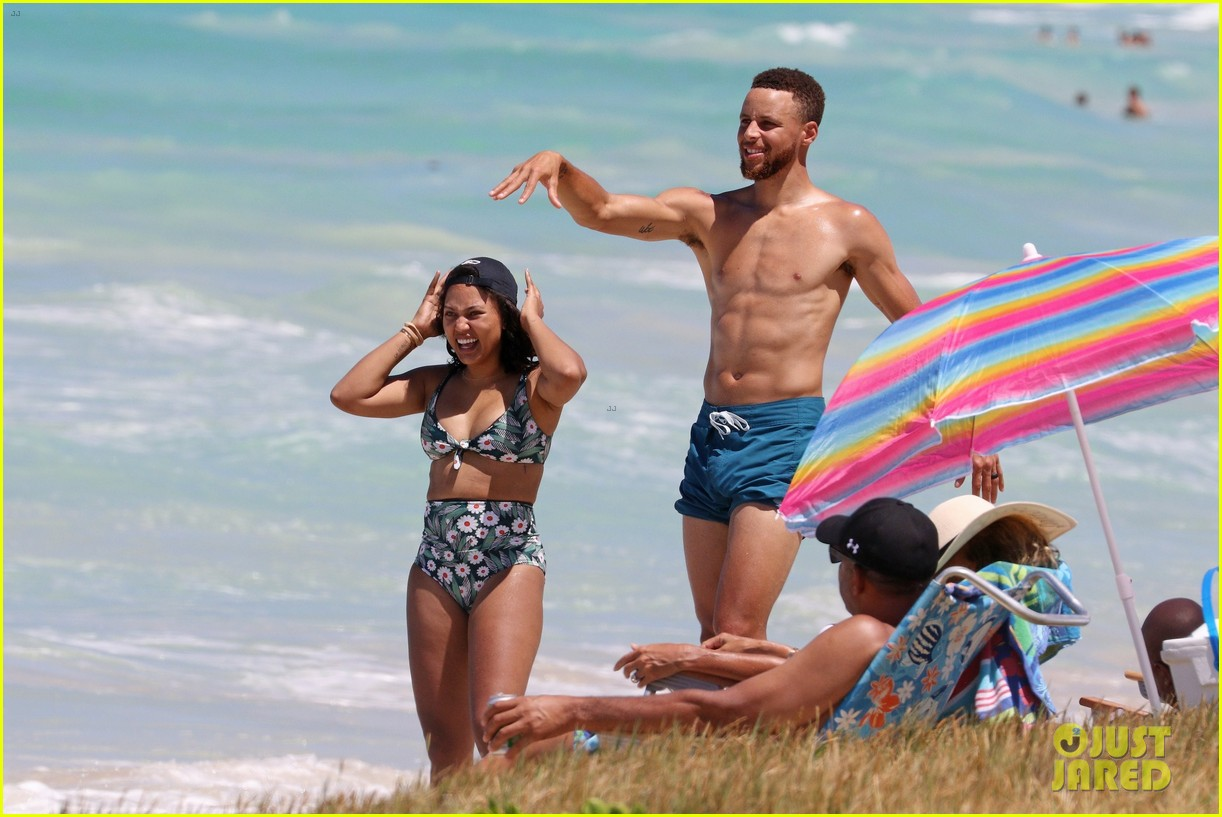 shirtless steph curry hits the beach with wife ayesha 053918194