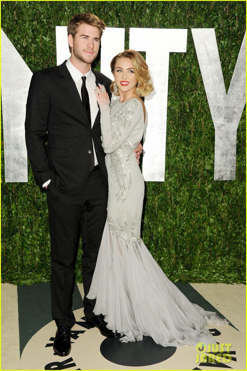 Miley Cyrus Mom Tish Talks Liam Hemsworth Wedding Plans