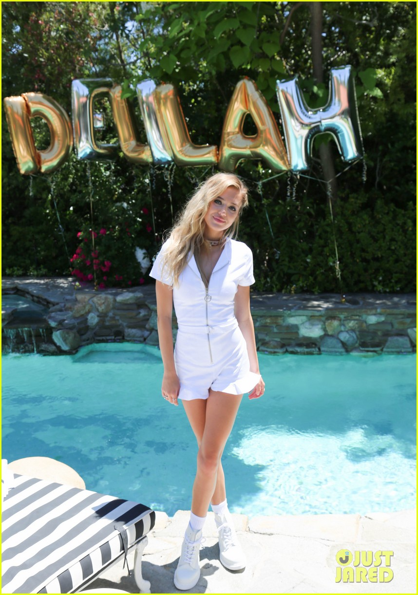 delilah belle hamlin celebrates 19th birthday with her boyfriend aidan reilly 293914228