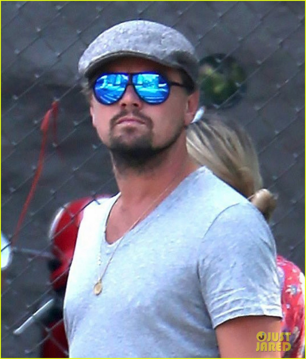 leonardo dicaprio hangs out with jennifer meyer 043914164