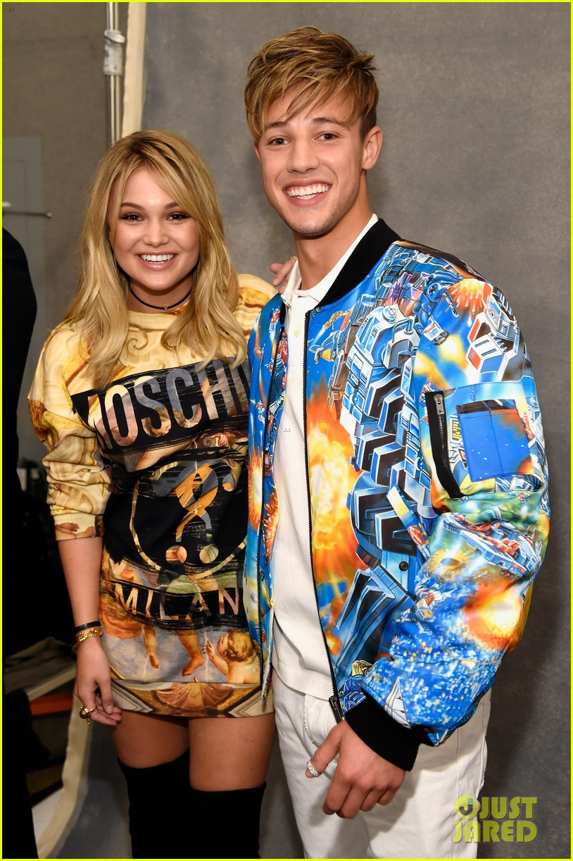 dnce match in out of this world outfits at moschino show 033911896