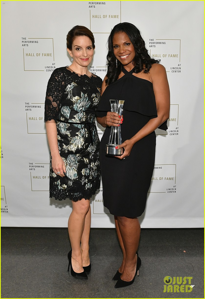 tina fey inducts audra mcdonald into lincoln center hall of fame 013910576