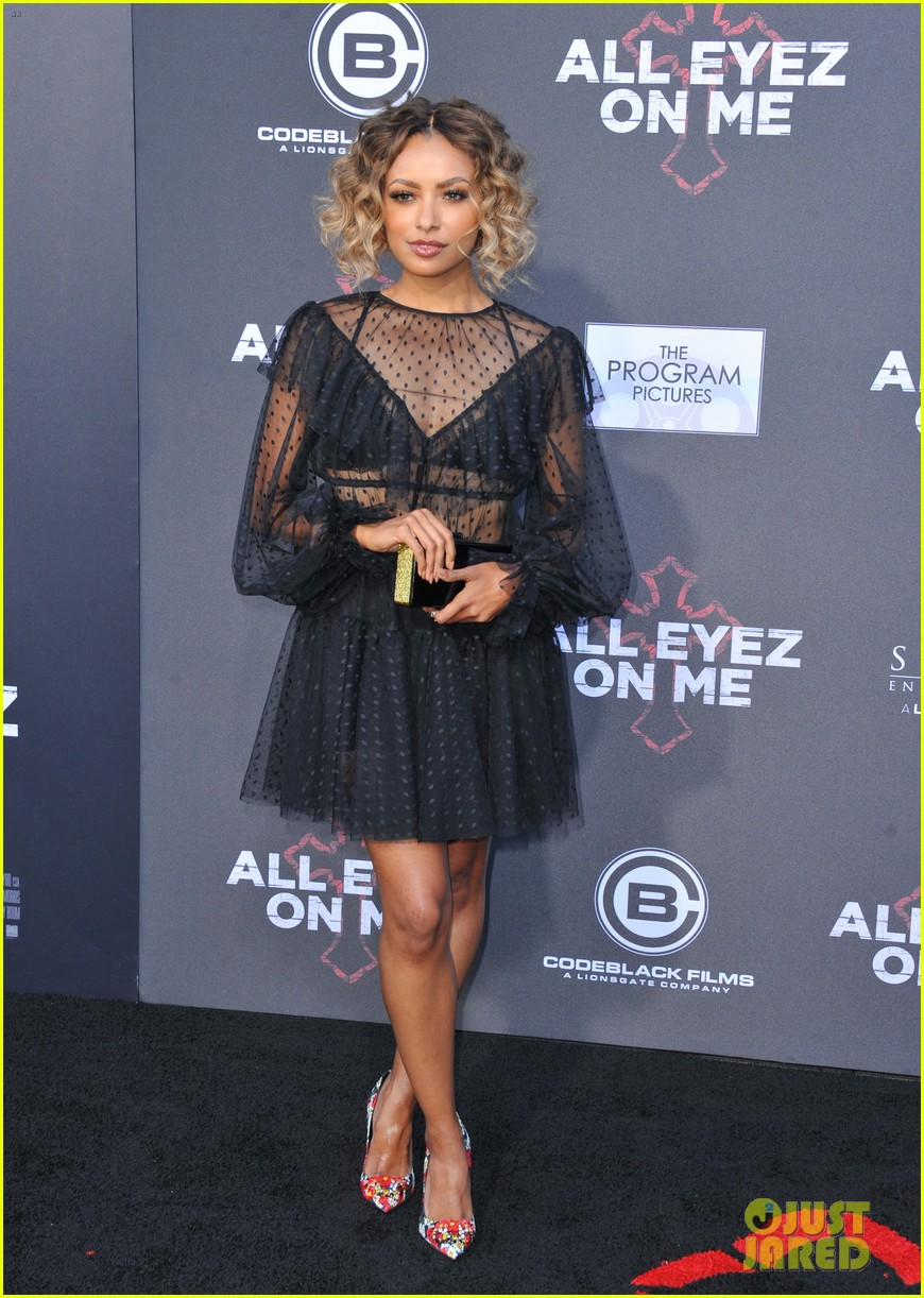 danai gurira kat graham join demetrius shipp jr at all eyez on me premiere 033914899