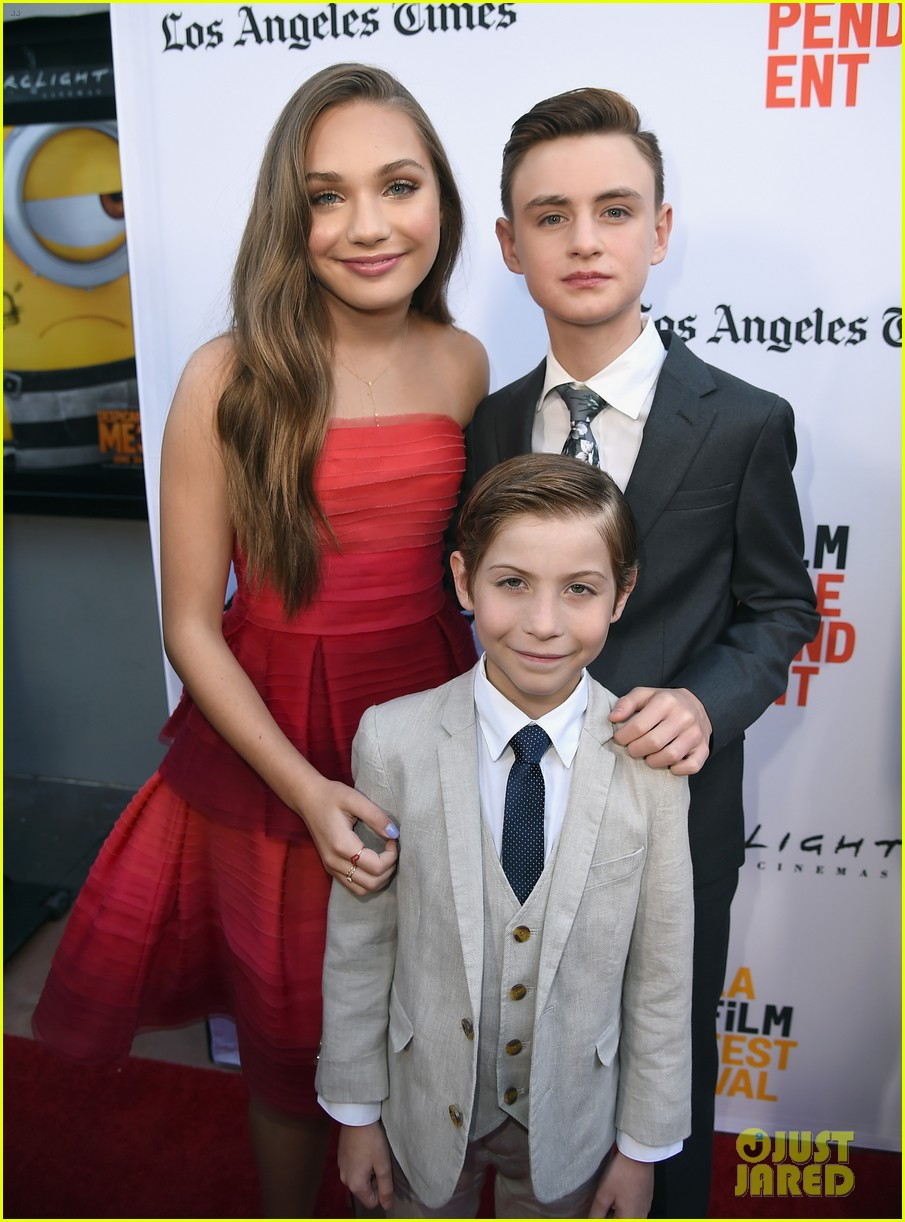 maddie ziegler joins her book of henry cast at la film festival premiere 013914936