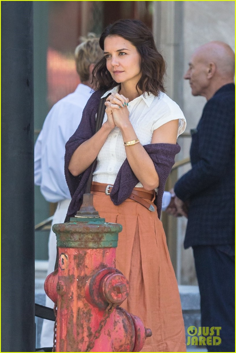katie holmes and patrick stewart start filming the gift 023918474