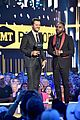 luke bryan jason derulo 2017 cmt awards 04