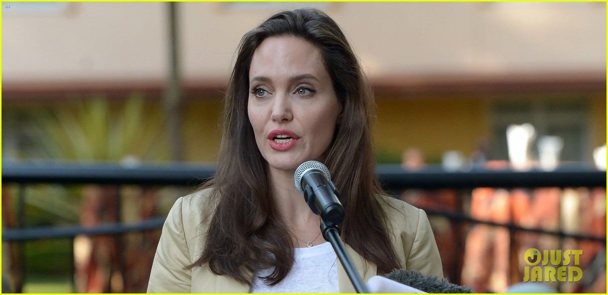 angelina jolie world refugee day 043917006