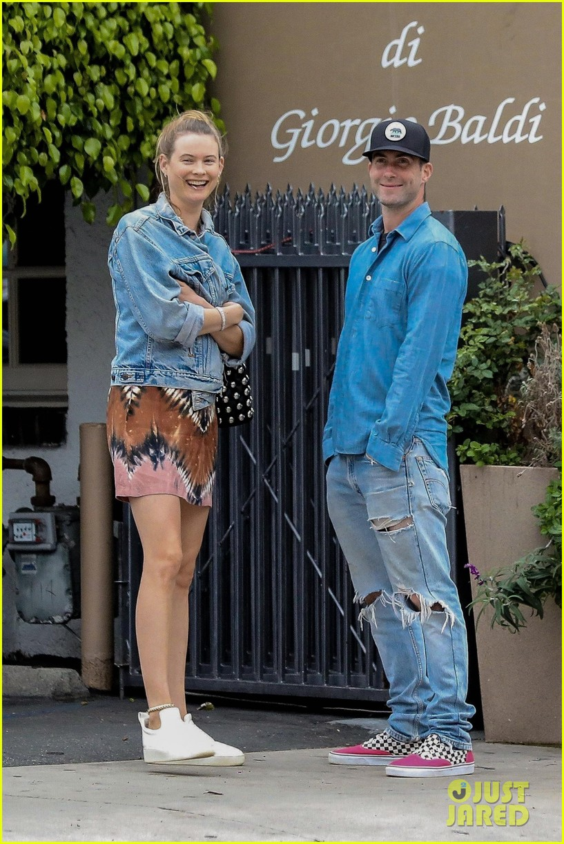 adam levine behati prinsloo flaunt cute pda on date night 553919963
