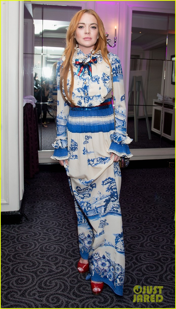 lindsay lohan stuns at british asian trusts ramadan event103914074