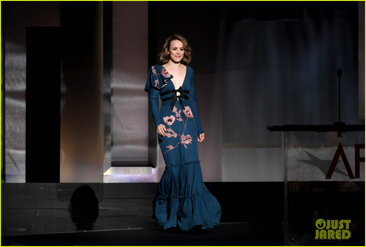 rachel mcadams honors diane keaton at afi tribute 013911596