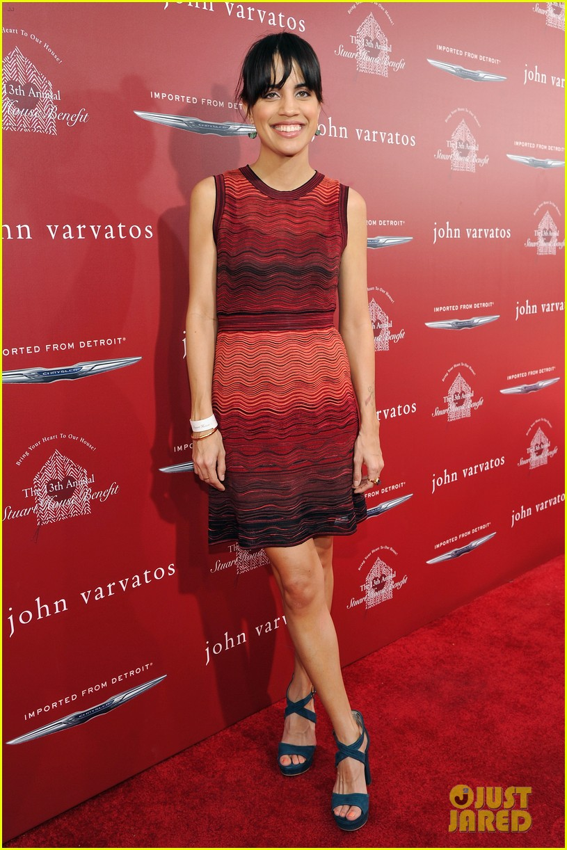 Actress Natalie Morales Comes Out as Queer: Photo 3921857 ... Natalie Morales Actress Bikini