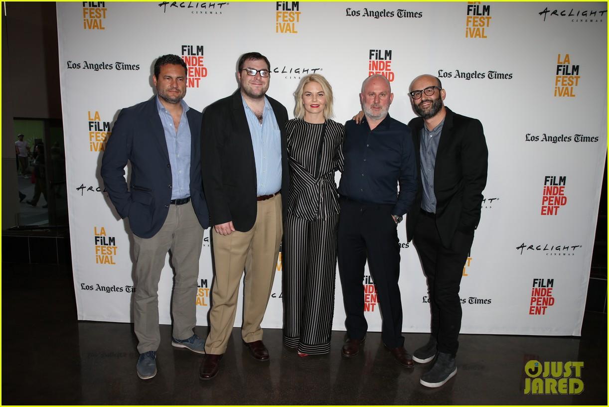 jennifer morrison premieres directorial debut sun dogs at los angeles film fest 223916483