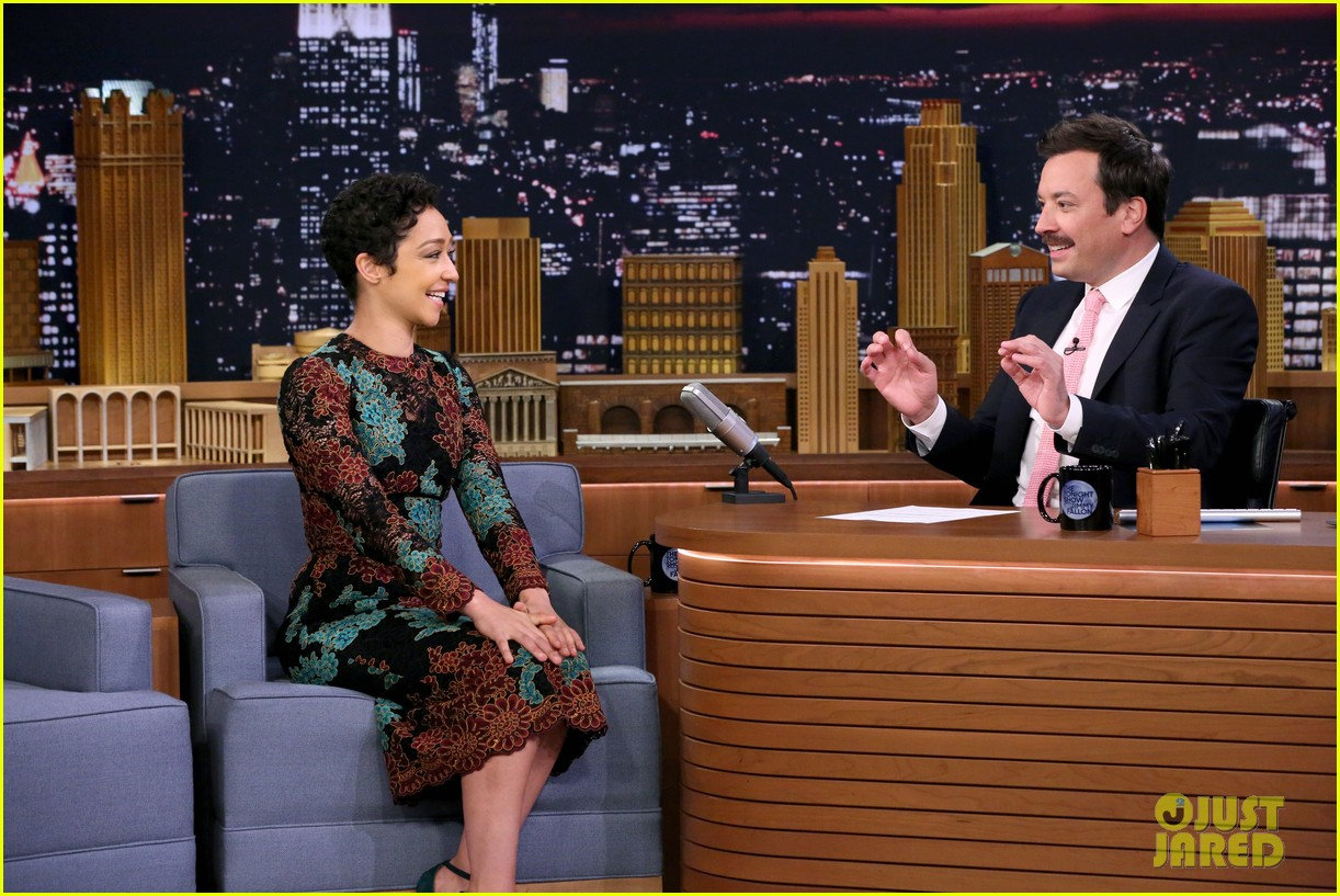 ruth negga gets distracted by jimmy fallons summer stache on the tonight show 023918479