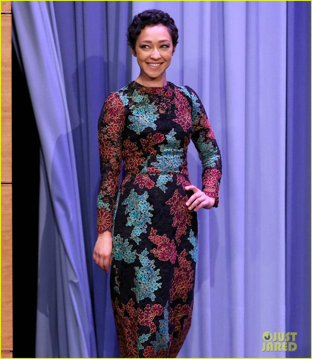 ruth negga gets distracted by jimmy fallons summer stache on the tonight show 033918480