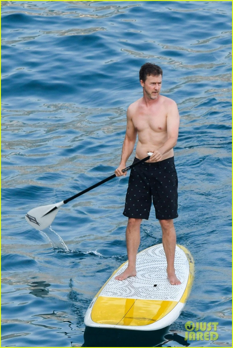 edward norton goes shirtless for paddle boarding in italy 073916495