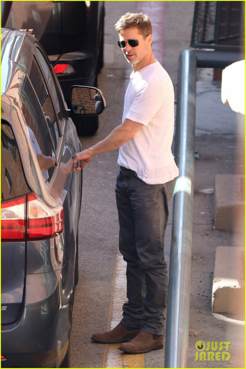 brad pitt wears a simple white tee while running errands 053915364