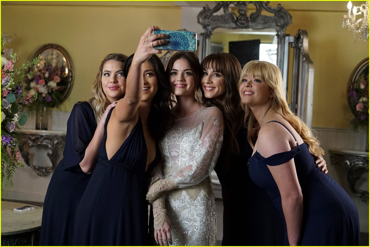 pretty little liars series finale photos 043920600