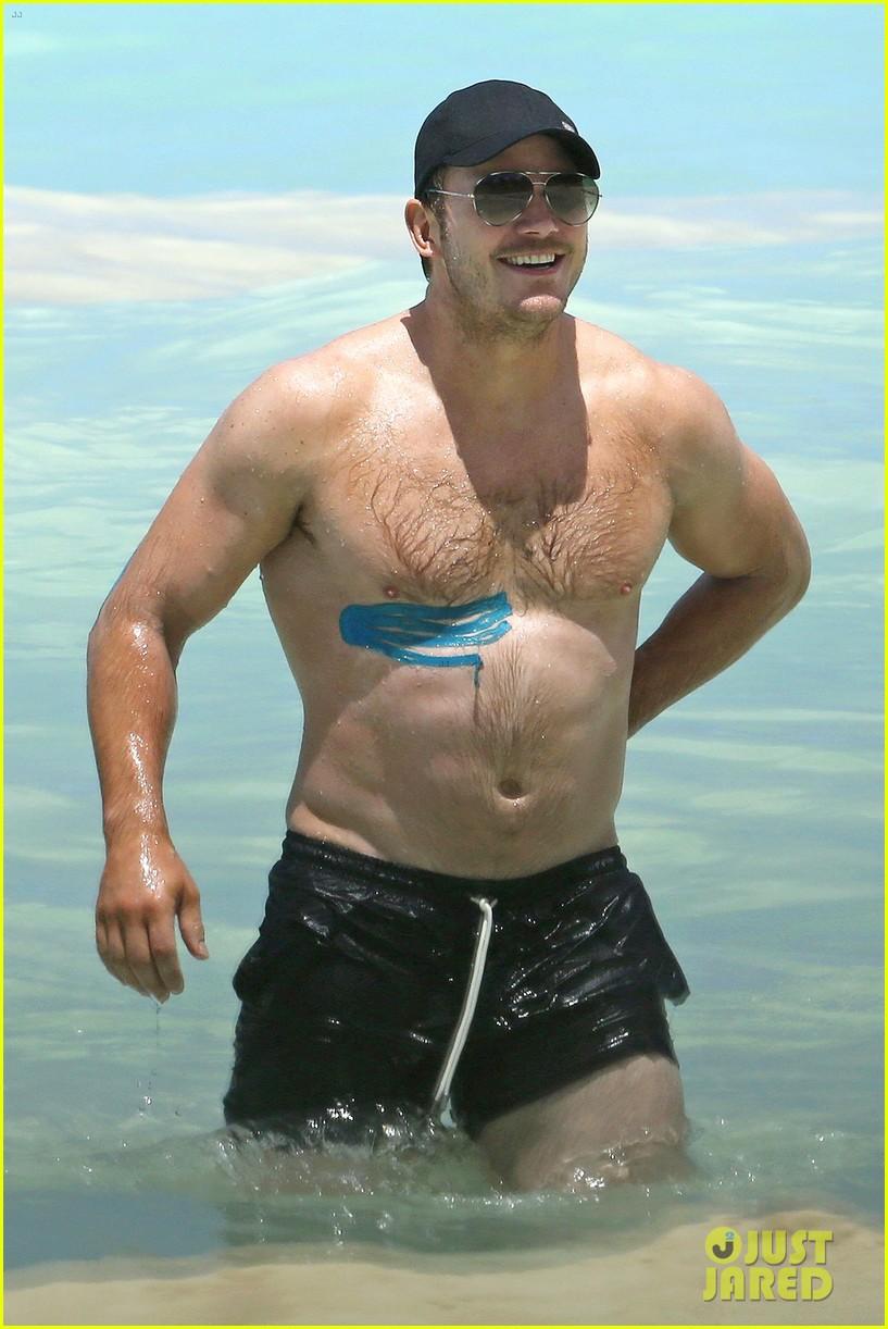 Chris Pratt Goes Shirtless in Hawaii, Wears Athletic Tape