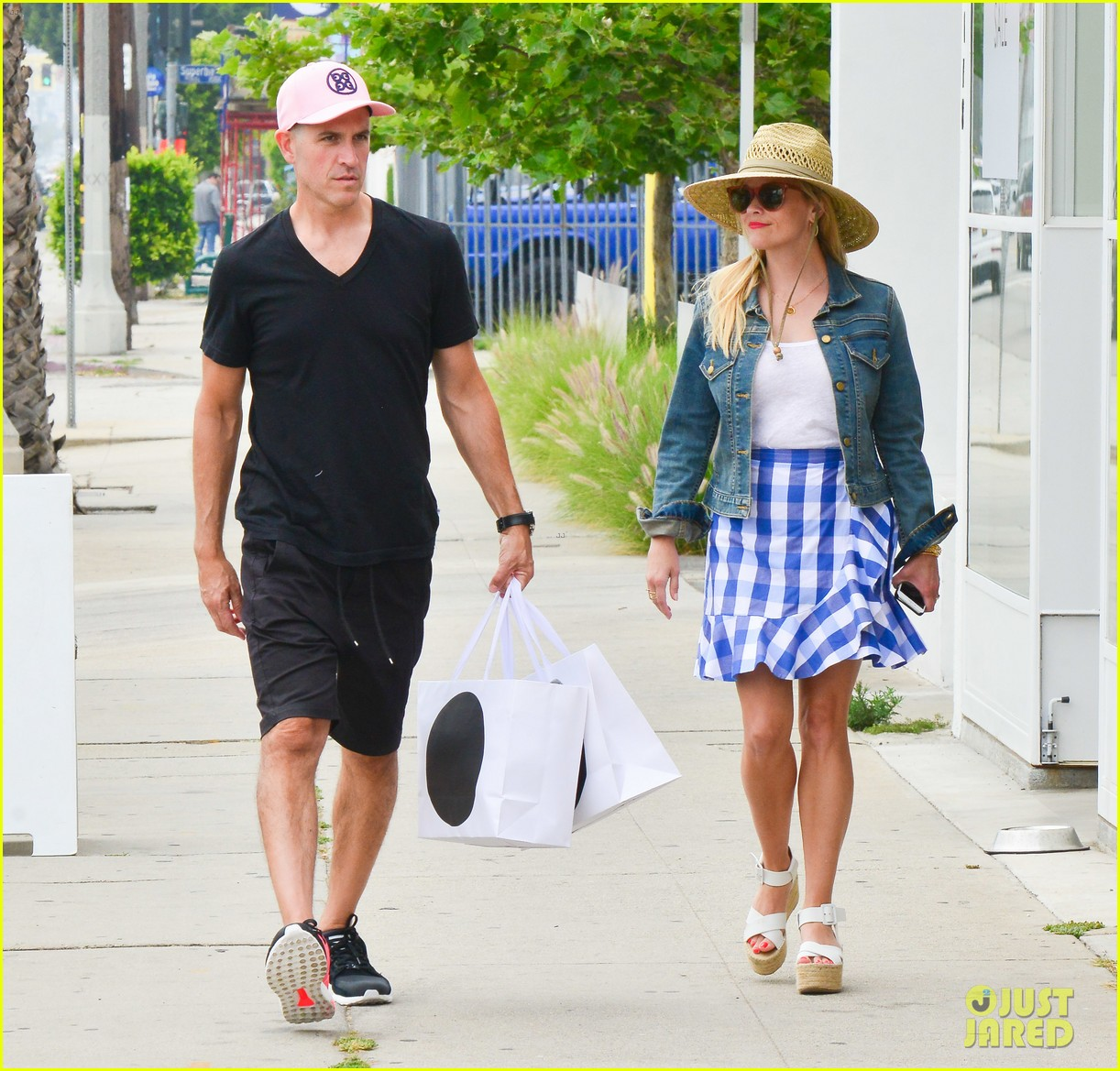 reese witherspoon jim toth lunch venice beach 123909118