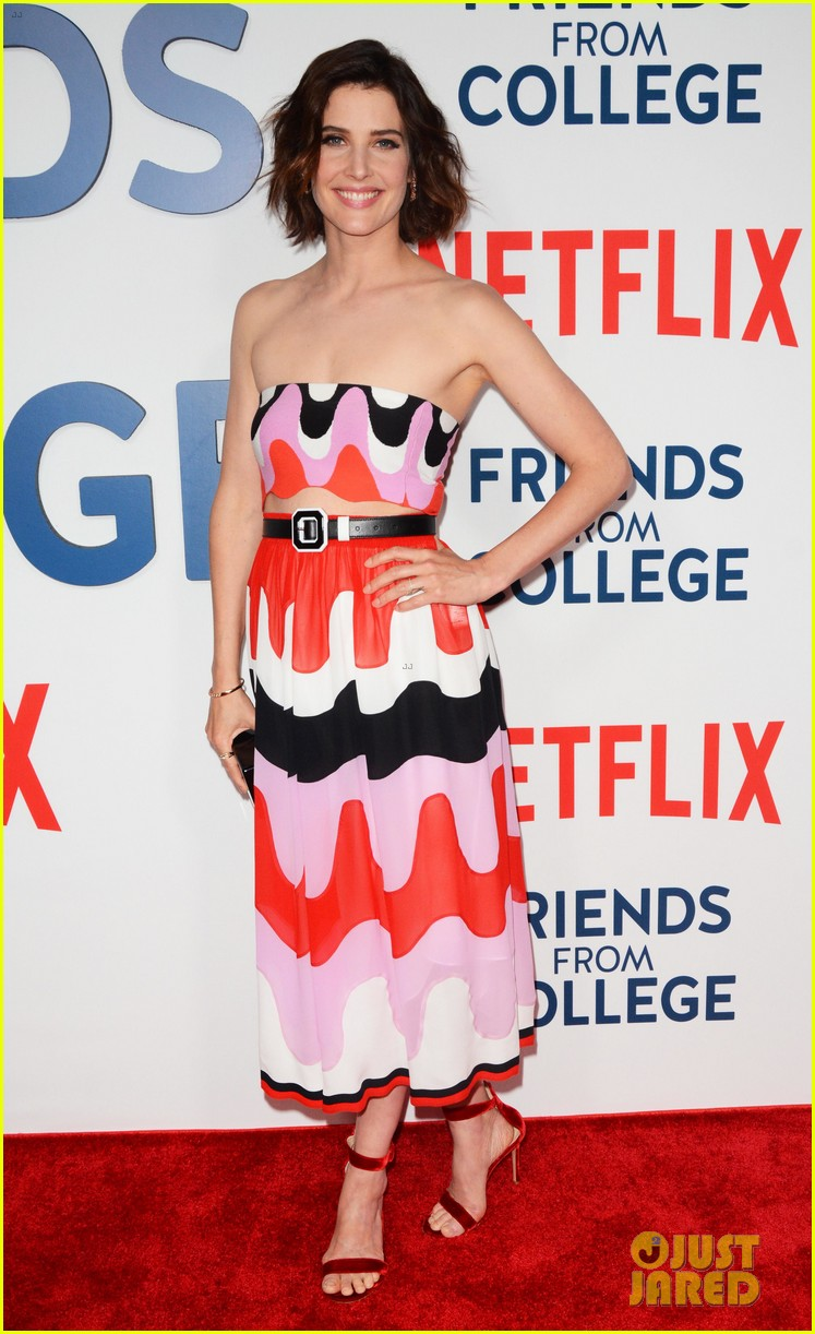 cobie smulders friends from college cast reunite in nyc ahead of netflix debut 043920548