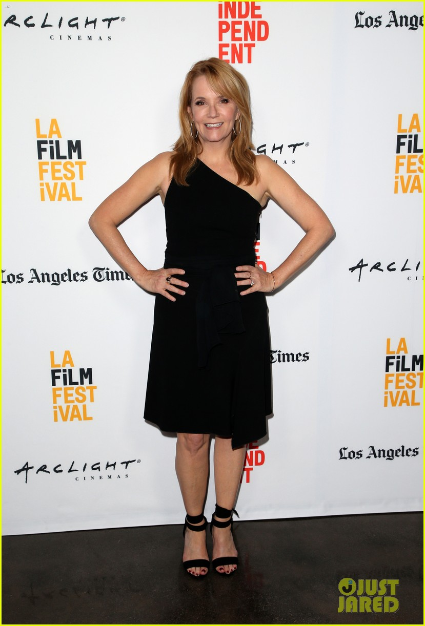 lea thompson madelyn deutch year of spectacular men premiere 013915712