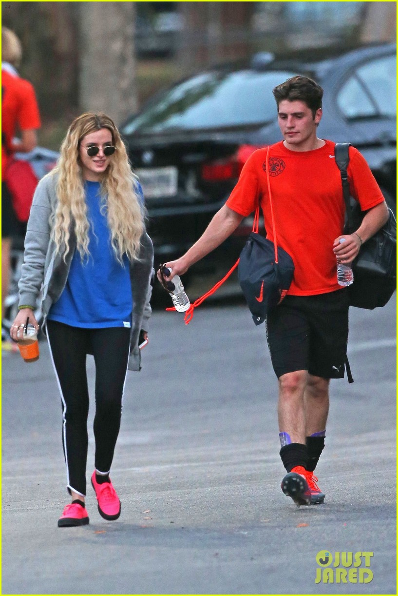 bella thorne cheers on gregg sulkin at soccer game 243908181