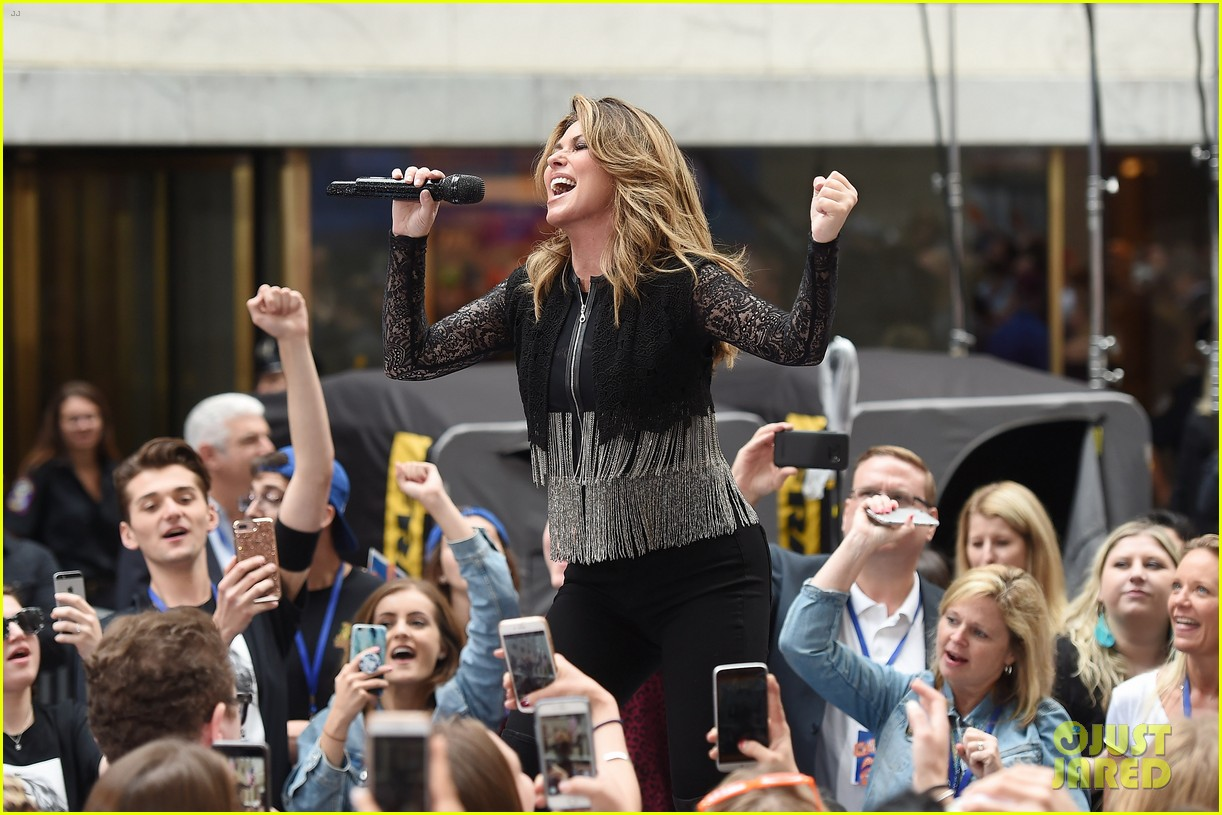 shania twain performs today show 013915365