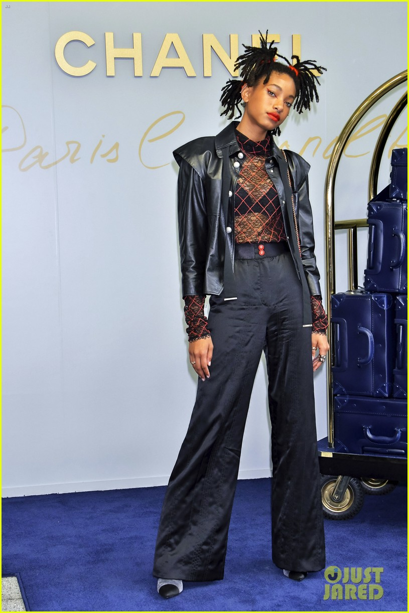 willow smith lily rose chanel tokyo 043907699