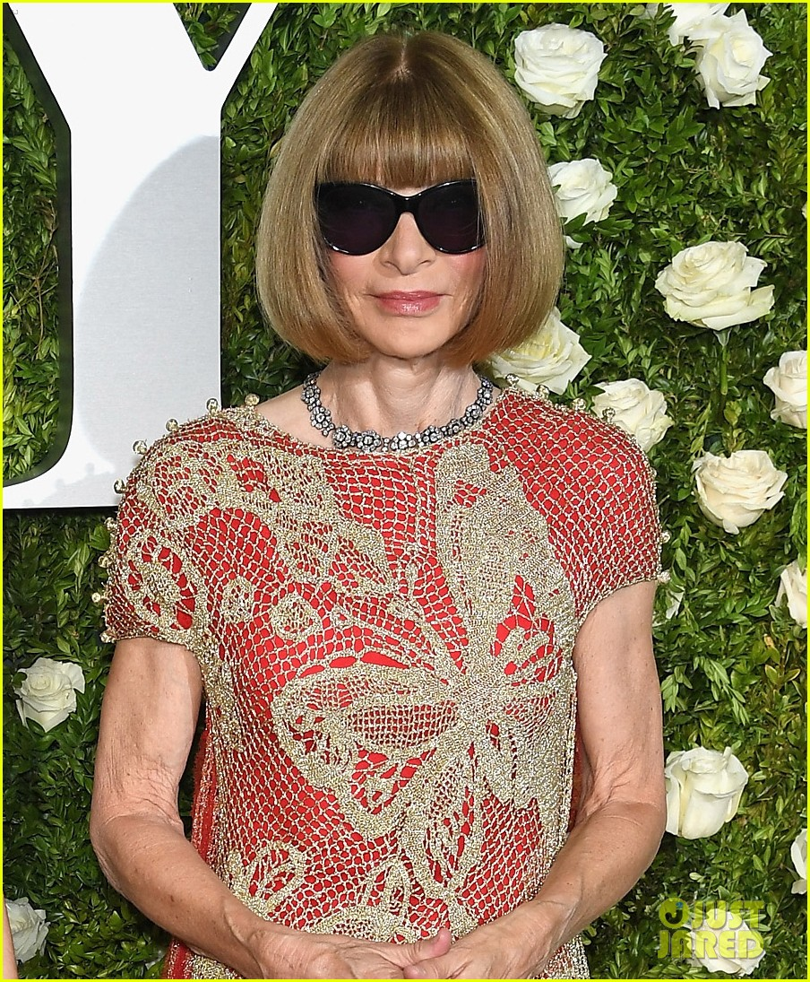 anna wintour bee shaffer tony awards 2017 033912648