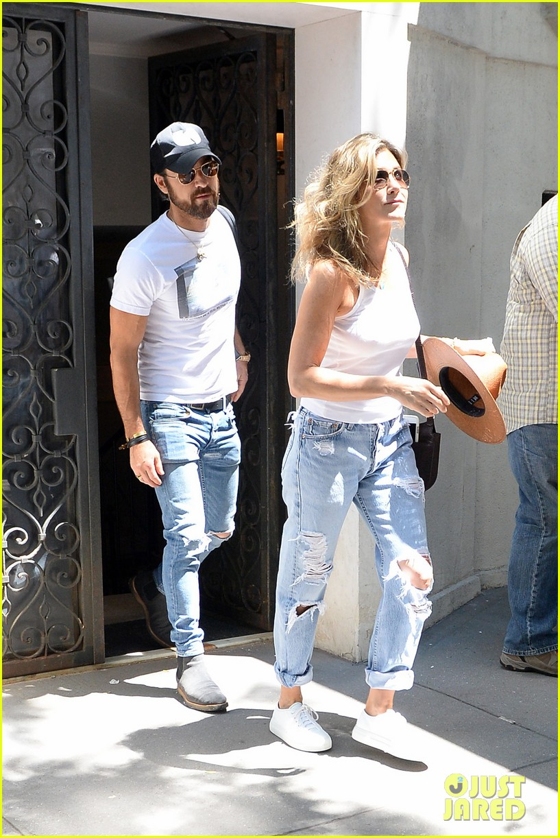 jennifer aniston justin theroux out in nyc 073930311