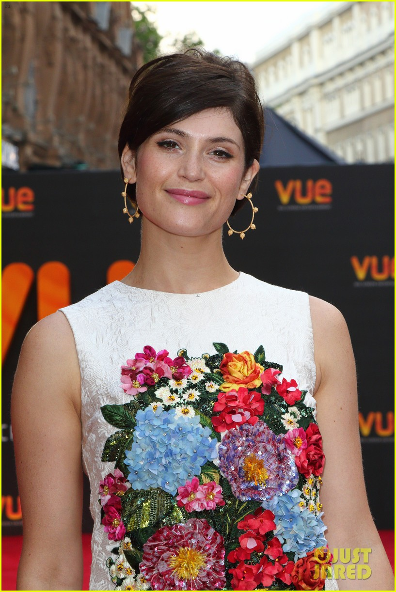gemma arterton sparkles at re opening of londons vue west end venue 033926260