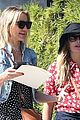 drew barrymore helps cameron diaz shop for new furniture 09
